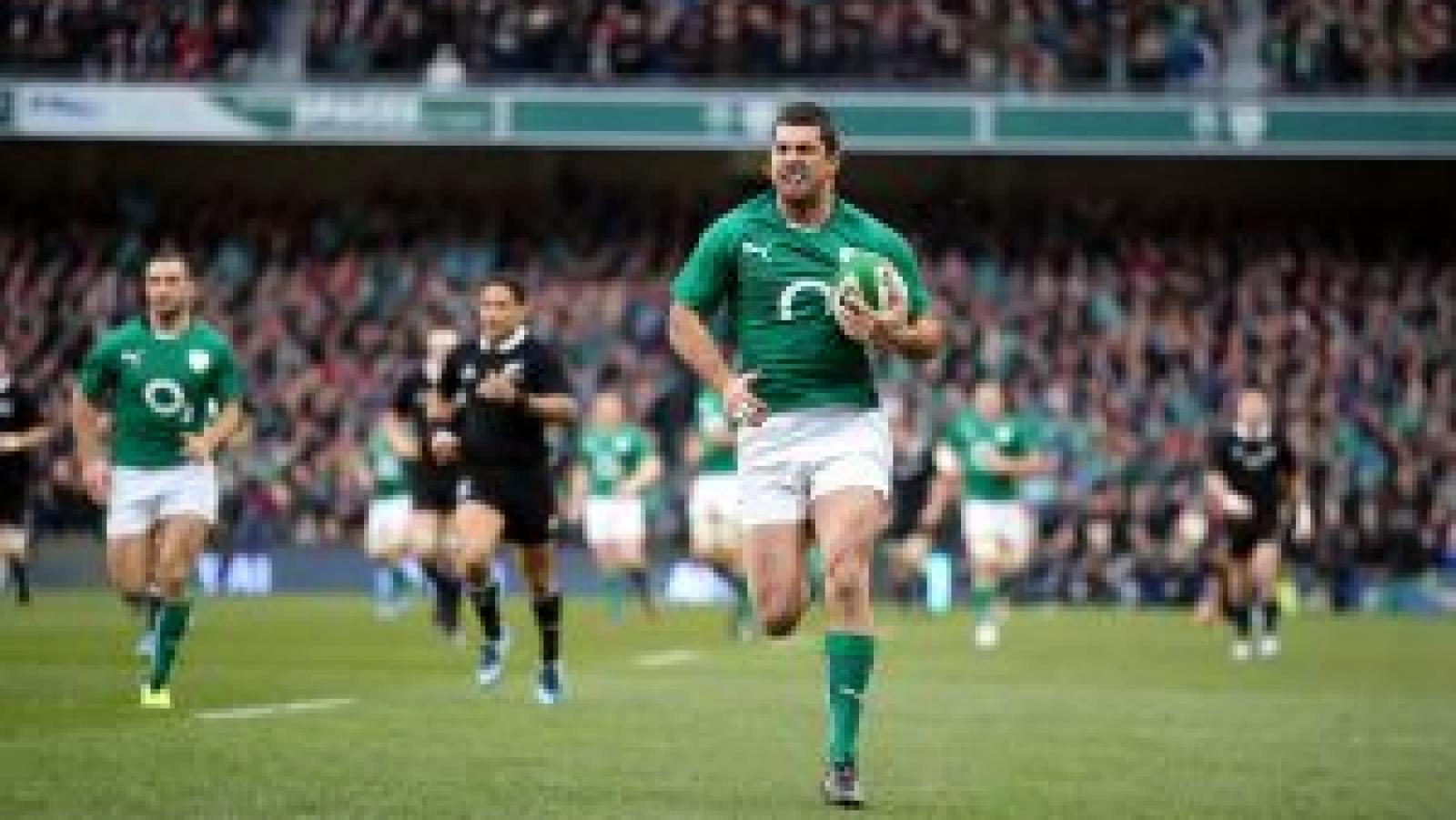 Rob Kearney on a rugby pitch